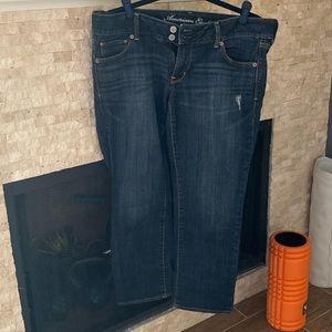 American Eagle crop Jean